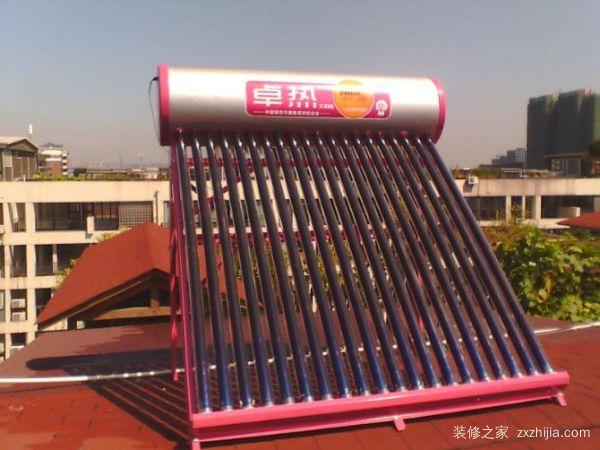 小太阳能热水器