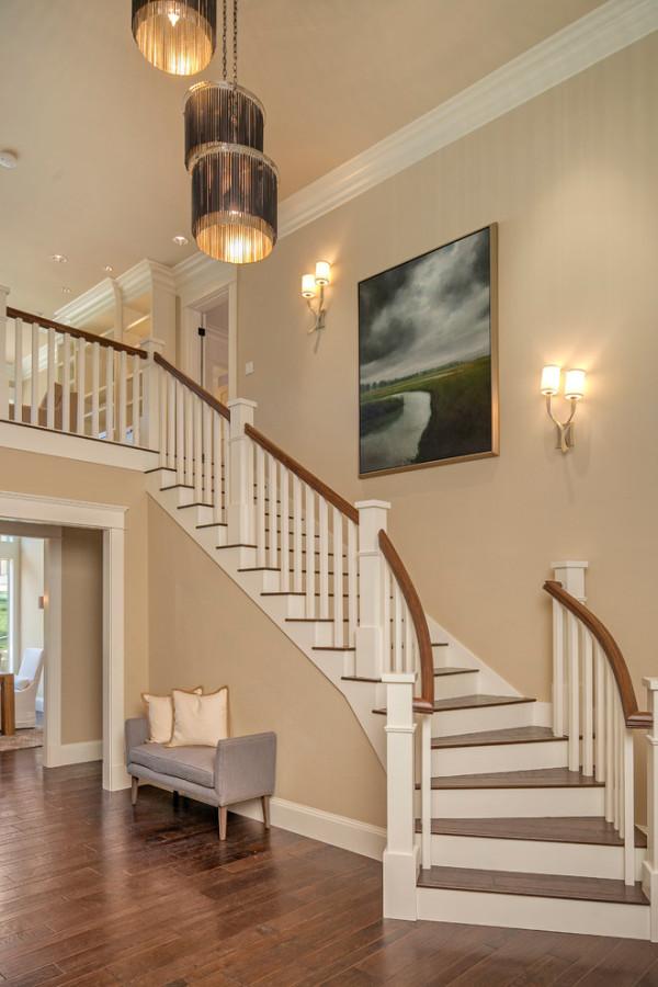 别墅楼梯设计注意事项有哪些 别墅装修注意事项