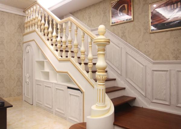 小复式楼梯装修技巧 复式楼梯种类有哪些