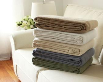 如何选购高质量空调毯?空调毯怎么清洗?