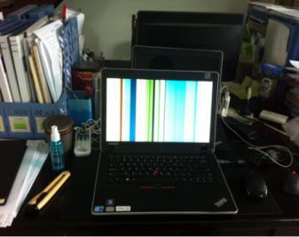 电脑花屏是什么原因?电脑花屏怎么办?