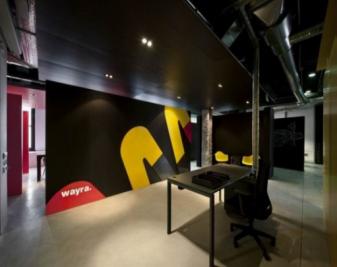 艺术感爆棚办公空间 黑色主题办公室装修案例