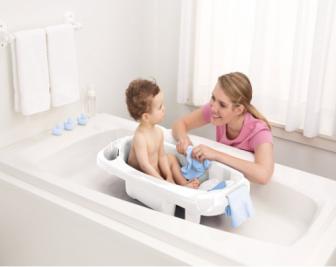 如何选购婴儿浴盆?婴儿浴盆选购技巧大全