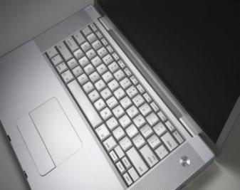 笔记本键盘怎么拆?笔记本键盘拆解方法