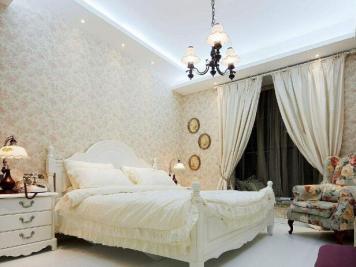 卧室壁纸怎么选?卧室壁纸如何搭配?