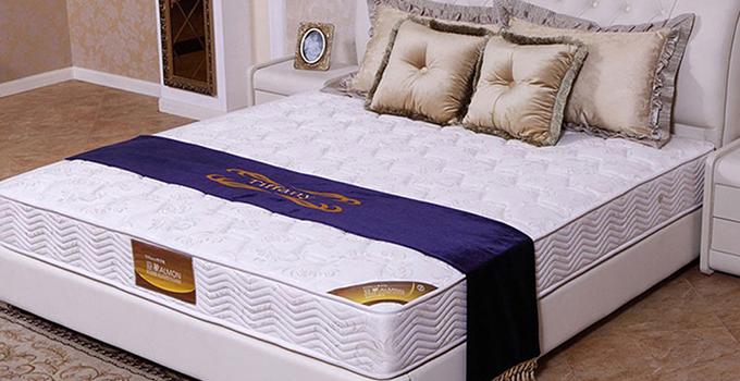 买什么床垫对身体好些?不同种类对身体的影响