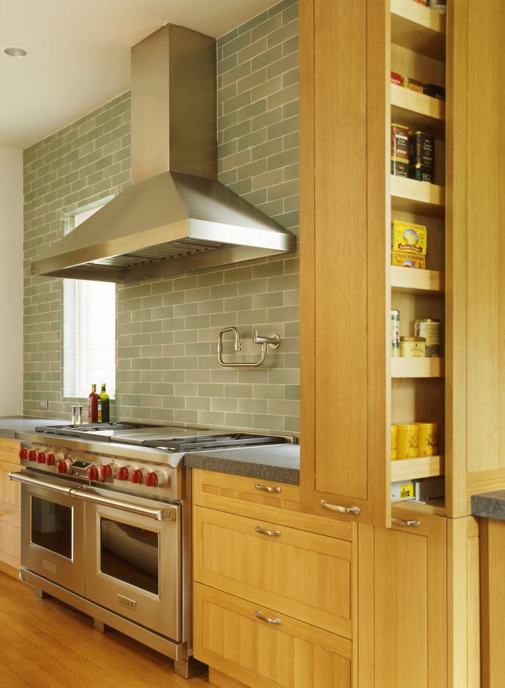厨房收纳柜清洁   厨房收纳柜品牌推荐