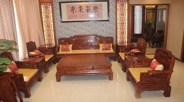 红木实木沙发好不好?红木实木沙发如何挑选?