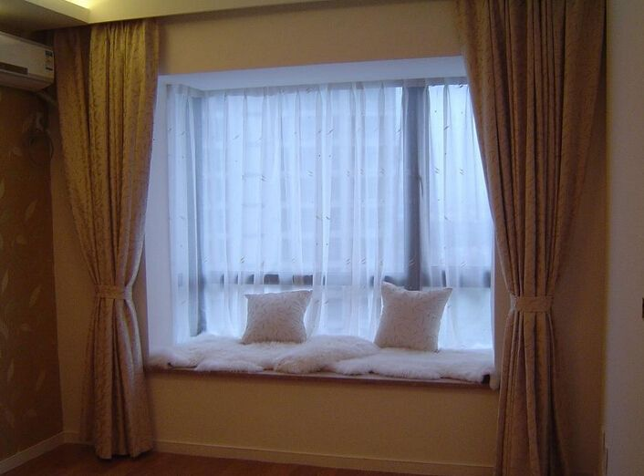 飘窗如何做窗帘?飘窗的窗帘怎么选?