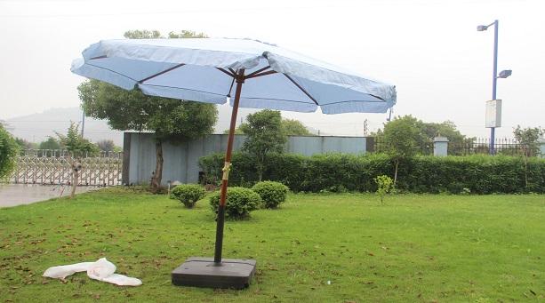 钓鱼太阳伞怎么选?钓鱼太阳伞有什么材质?
