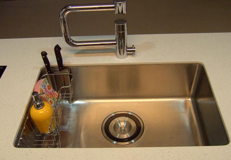 不锈钢水槽尺寸有哪些?不锈钢水槽选购介绍