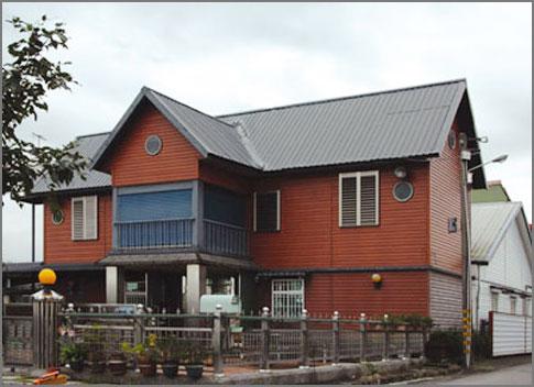 别墅琉璃瓦屋顶造型做法 琉璃瓦特点有哪些