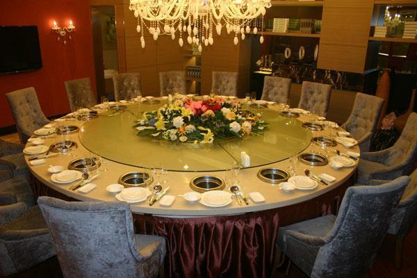 酒店餐桌摆台技巧,酒店餐桌摆台分类