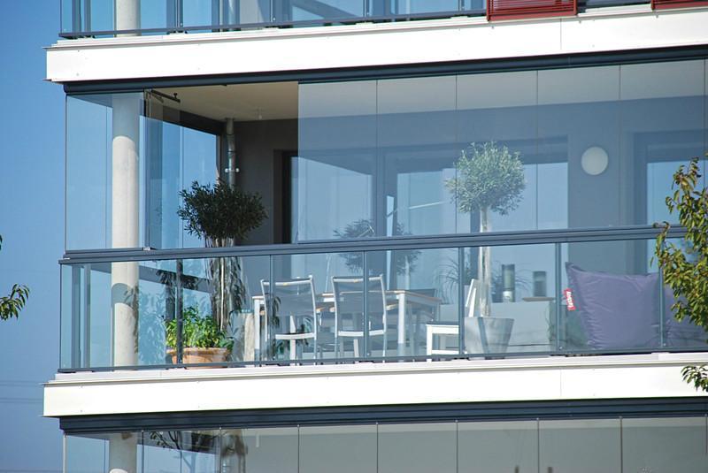 无框阳台的优点有哪些 什么是无框阳台窗