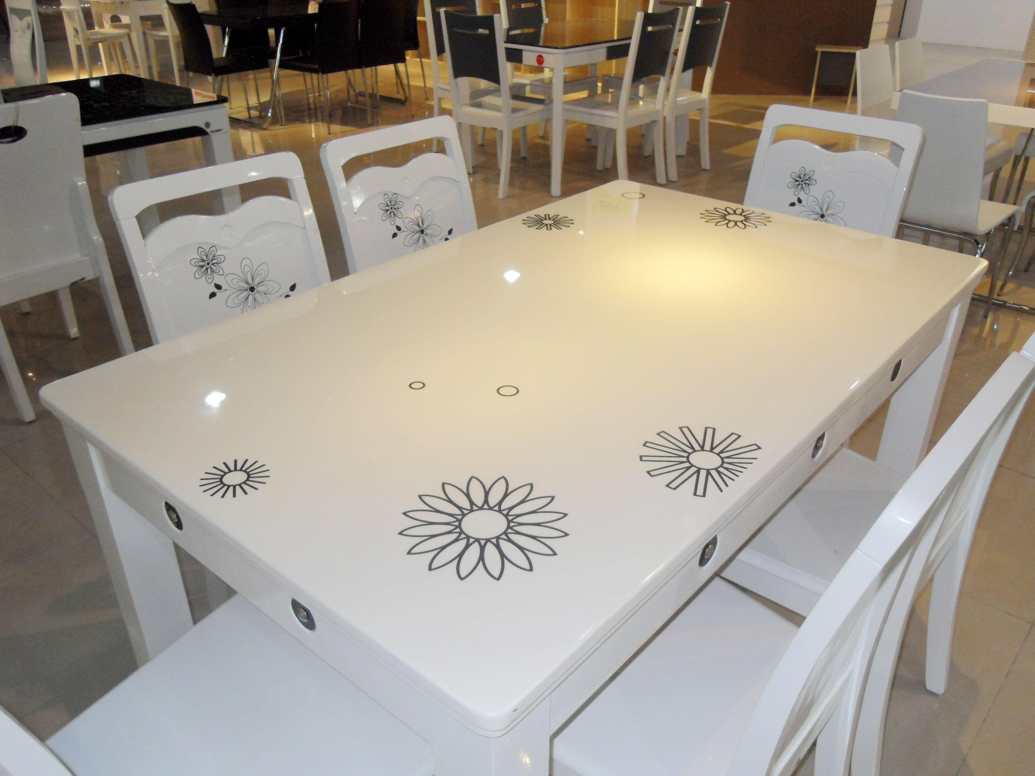 家用餐桌的选购技巧    家用餐桌的保养方法