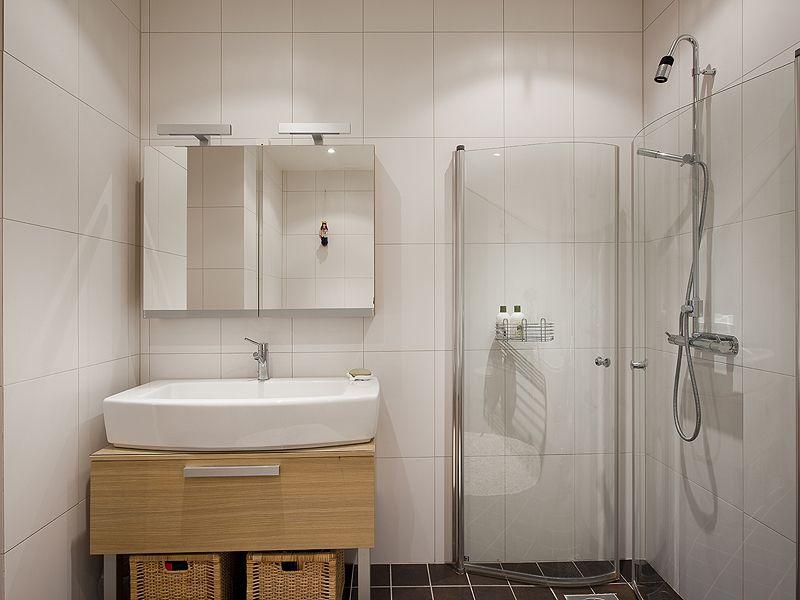 卫生间淋浴房的选购技巧  卫生间淋浴房价格