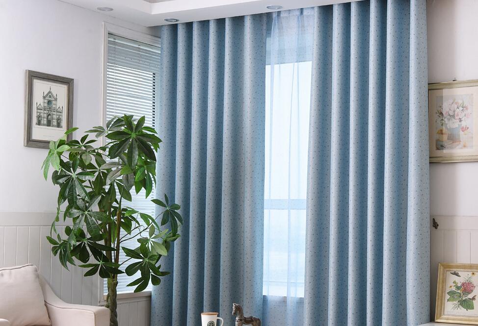 阳台遮光窗帘的优点    怎样的选购阳台窗帘