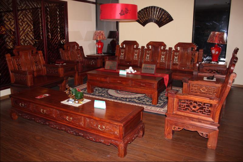 年年红红木家具价格是多少    木家具选购方法