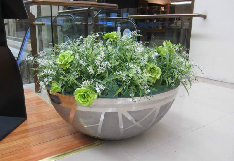 不锈钢花盆的优点有哪些 不锈钢花盆种类