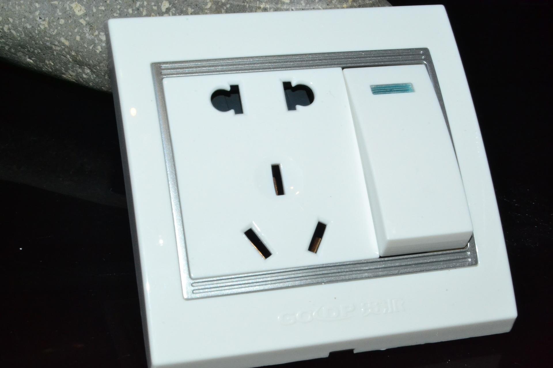 开关带插座怎么接线?开关带插座接线要点