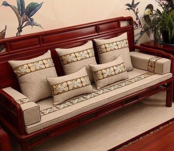 实木沙发什么品牌好?有什么特点?