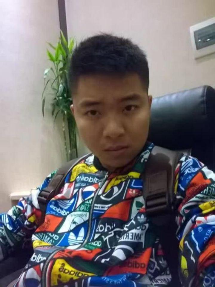 家装设计师刘润欢