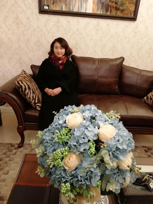 家装设计师峰韵设计组总监--贺婷