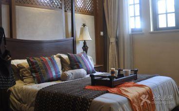悠闲东南亚风情卧室效果图