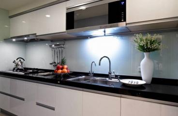 越秀淘金學區房現代簡約廚房效果圖