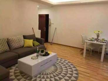华景新城三室二厅现代简约半包装修效果图