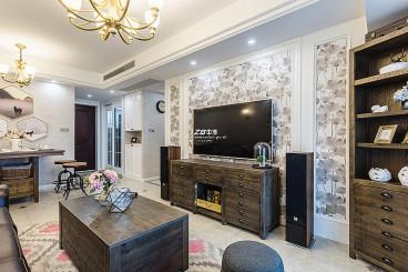 融信蓝孔雀美式客厅实景图