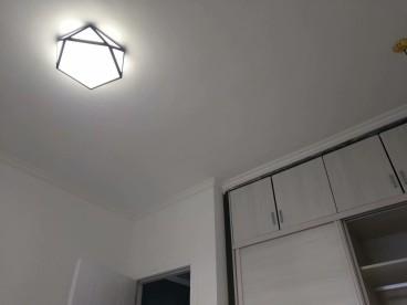 金鹏花园(广惠路)现代简约卧室效果图