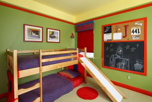 现代清新原木儿童房设计