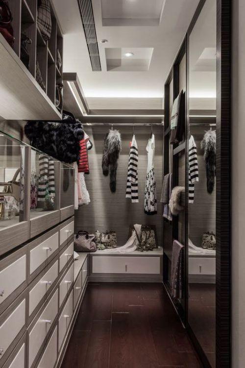 奢华与简约的时尚融合