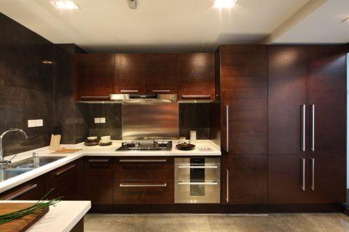 美式简约咖啡色厨房装潢