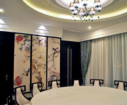 米色宽敞豪华的餐厅装潢