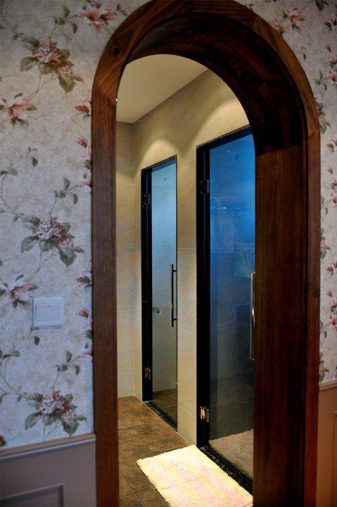 印花墙面门框设计