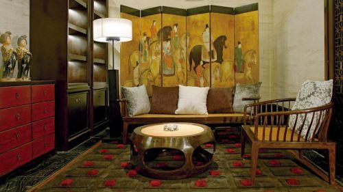 古典黄色壁画的客厅装修
