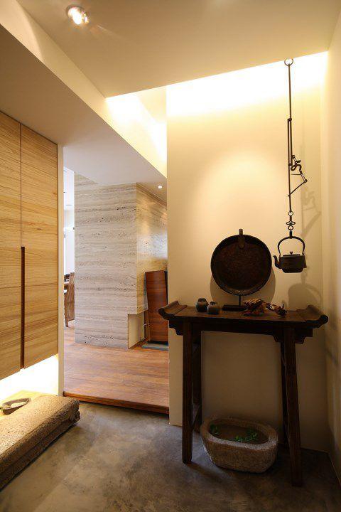 东南亚米色的玄关装潢