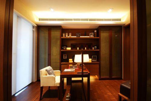 现代木质家具书房装潢