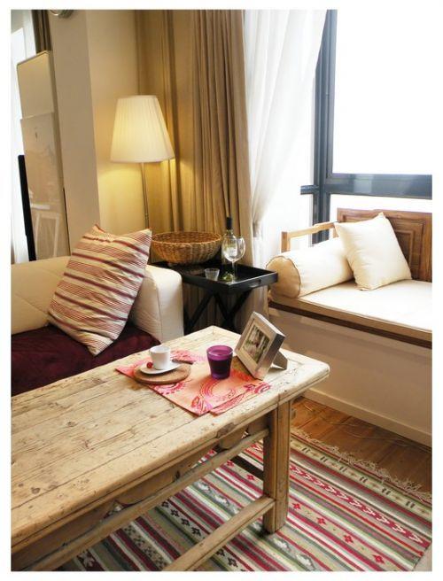 田园风格的客厅茶几效果图