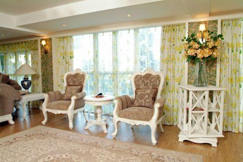 田园风格客厅窗帘效果图