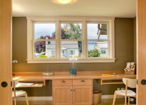 美式原木风格书房窗户设计