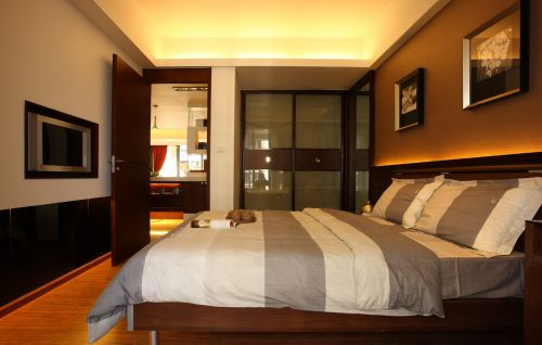 港式风格卧室背景墙设计图片