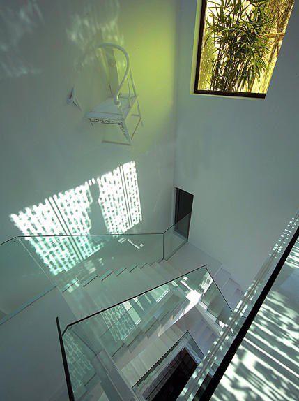 玻璃旋转楼梯装修效果图