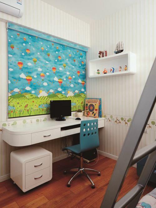 简约儿童房装修写字台设计