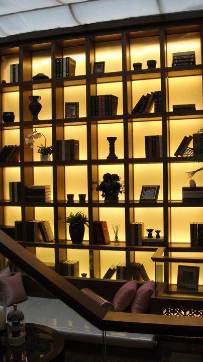 黄色的中式风格书架装修