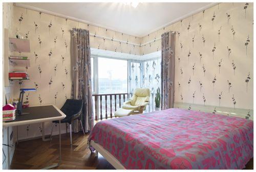 现代风格卧室窗帘效果图