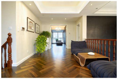 现代风格复式住宅楼梯过道设计