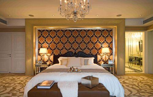 欧式古典风格卧室背景墙装饰图片